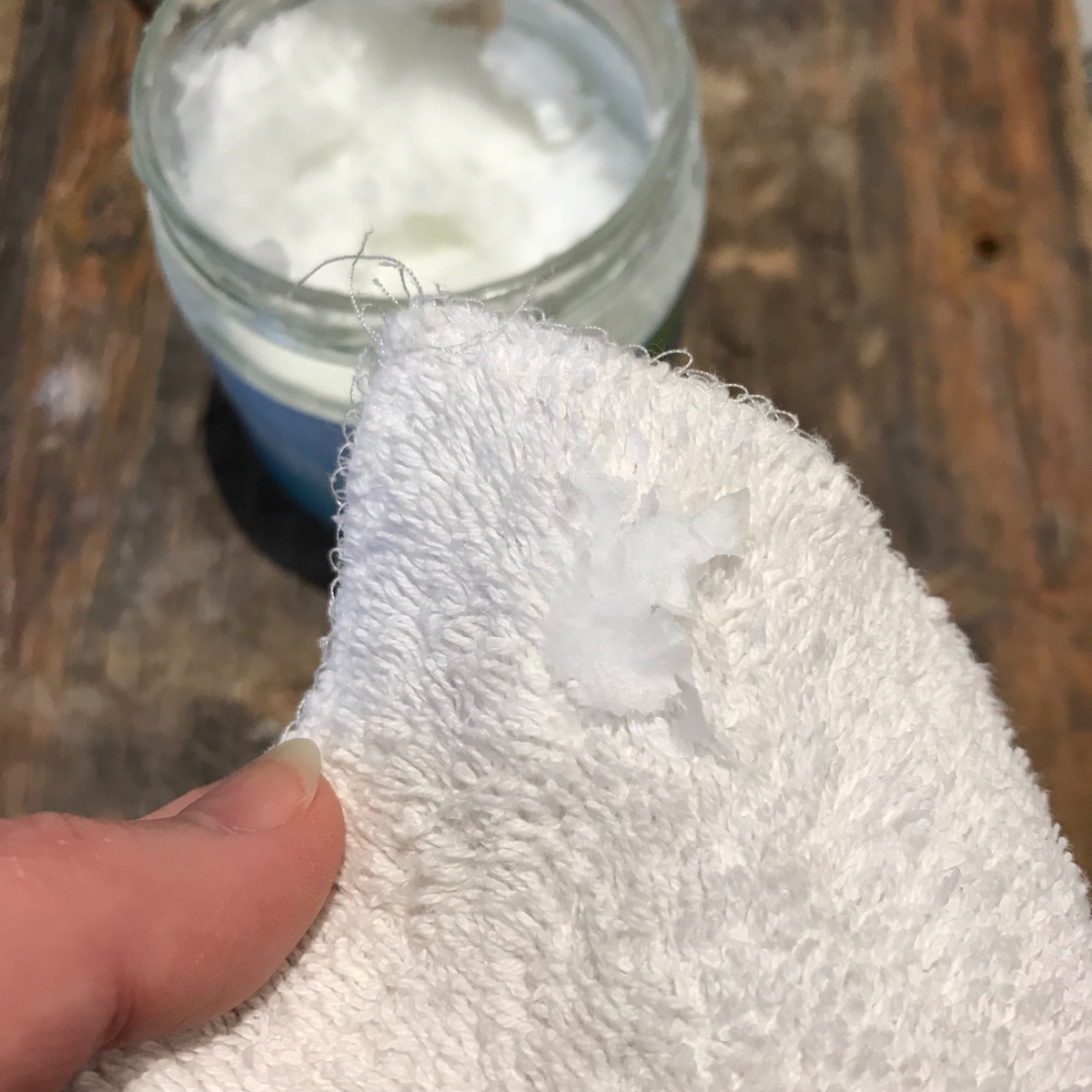 handmade haven, organic cotton makeup pad with organic coconut oil as makeup remover