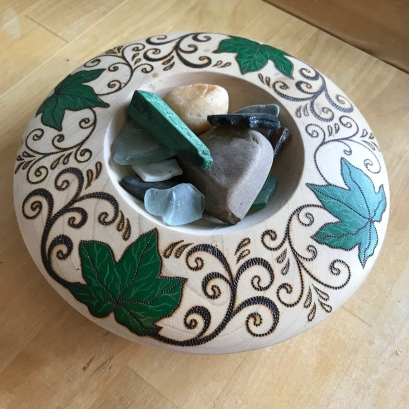 Handmade Haven, Sylvan Stories, Pyrography, Ivy leaves, wooden bowl